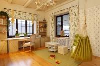 Детские комнаты в загородном доме